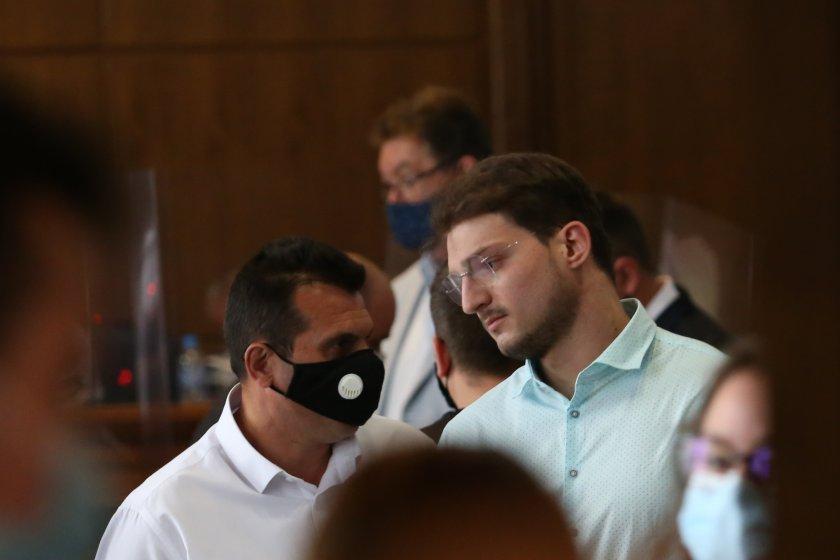 синът депутата лъчезар иванов делото кристиян николов сдвр подложиха психически натиск