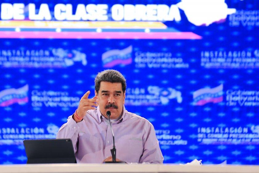 Вижда ли се изходът от кризата във Венецуела? Президентът на
