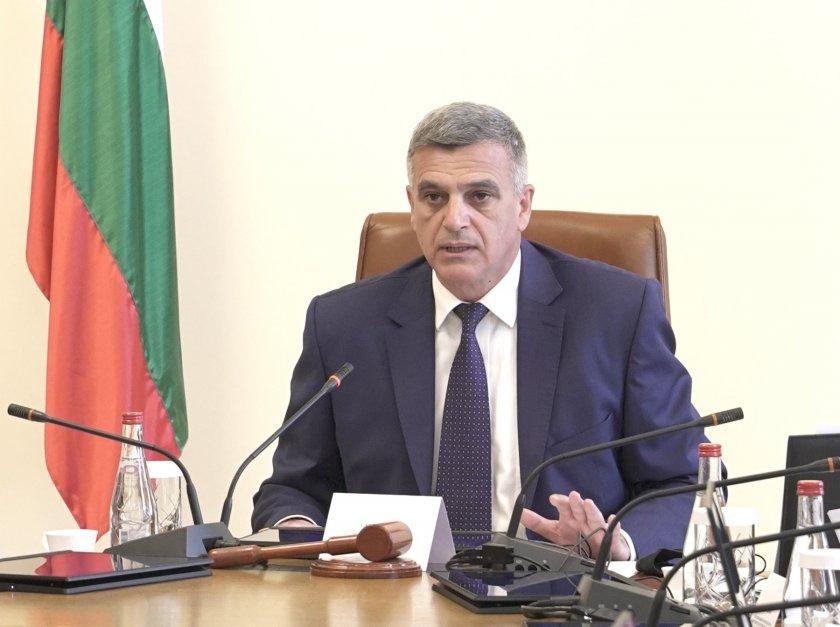 премиерът стефан янев назначи трима заместник министри вътрешните работи