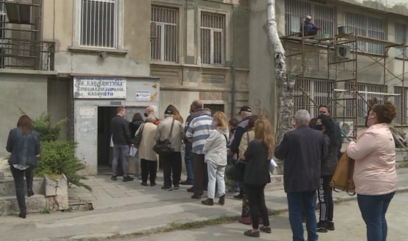 """ДКЦ """"Света Клементина"""" във Варна обяви зелени коридори за ваксинация"""