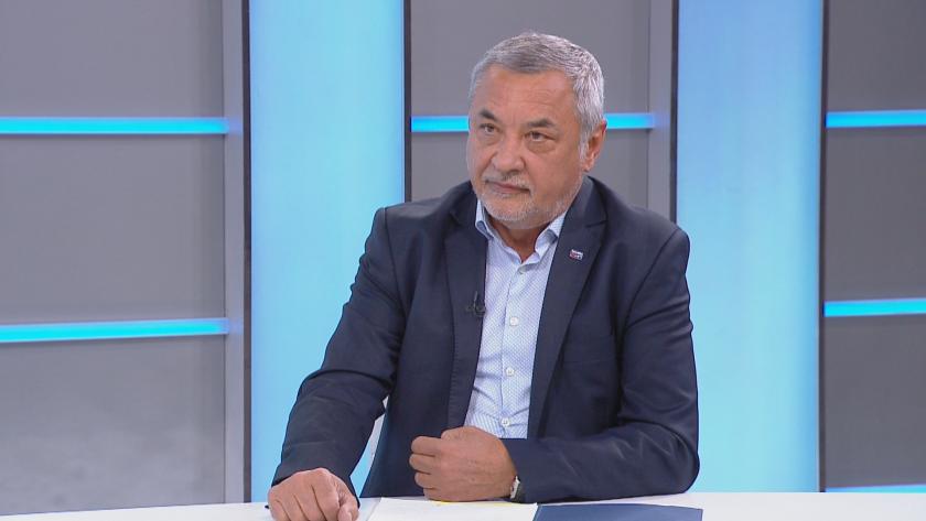 Валери Симеонов пред БНТ: Общи преговори не се получиха, водим отделни разговори с всички