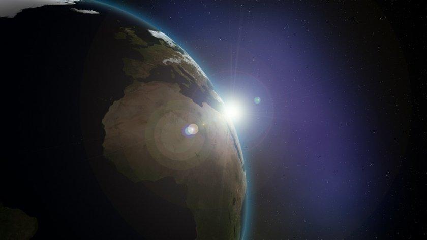 Астероид 2015 KJ19, който е по-голям от височината на пирамидата