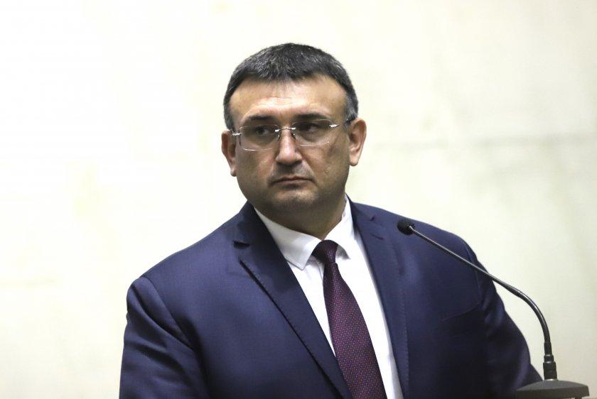 Бившият вътрешен министър Младен Маринов също коментира освобождаването на главния