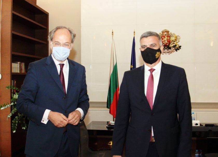 Министър-председателят Стефан Янев проведе среща с посланика на Федерална република