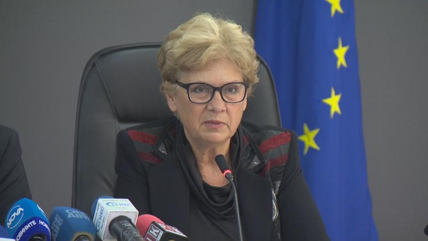 Министърът на регионалното развитие и благоустройството Виолета Комитова дава брифинг