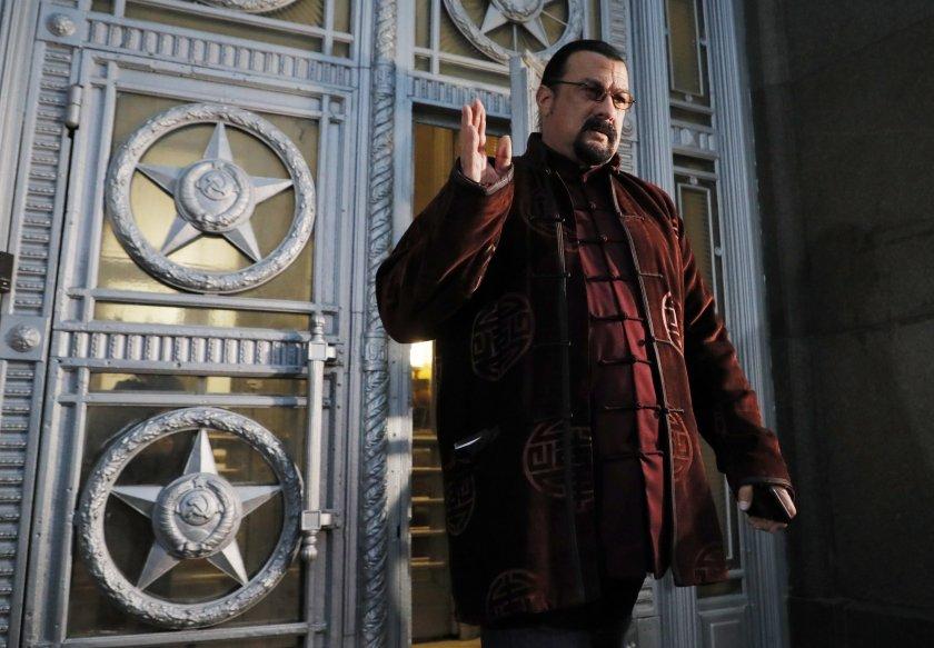 Холивудската звезда Стивън Сегал стана член на про-кремълска партия в