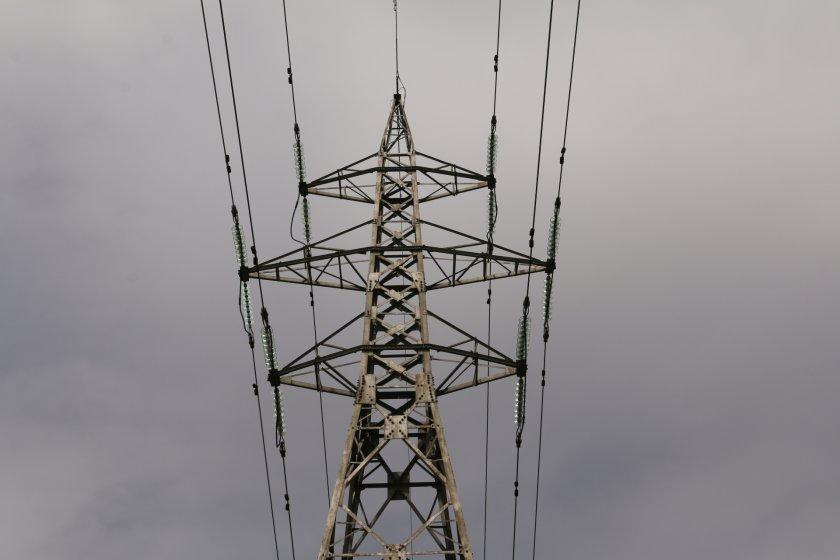 КЕВР предлага токът да поскъпне със средно 3% от 1 юли