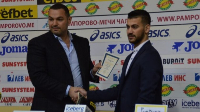 """Щангистът Стилян Гроздев беше определен """"Спортист №1 за април"""""""