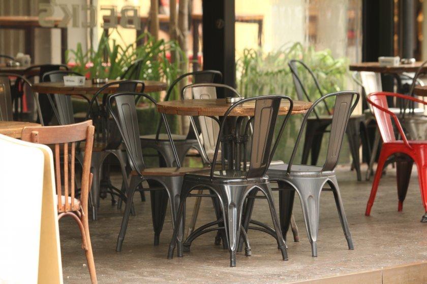 Ресторантьорите възразяват срещу спирането на програмите за подкрепа