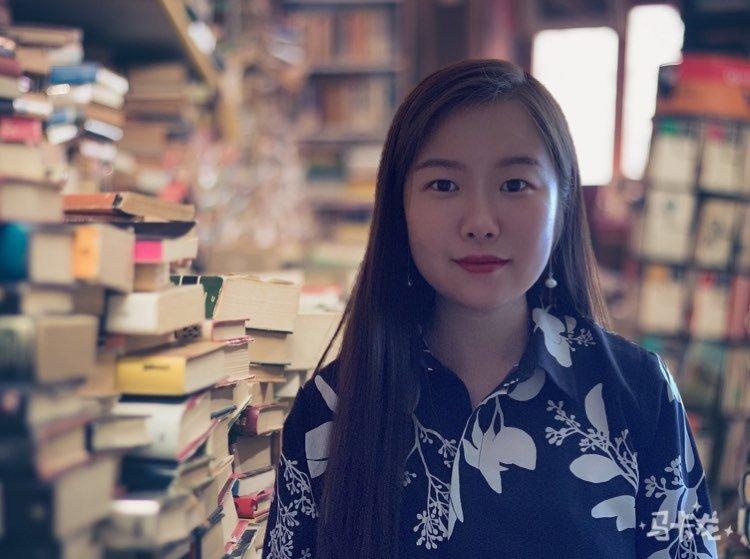 Защо една учителка от Китай преведе Дамян Дамянов?
