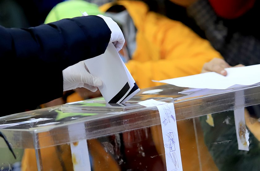 изборите струват 1575 млн лева доставката 1500 машини