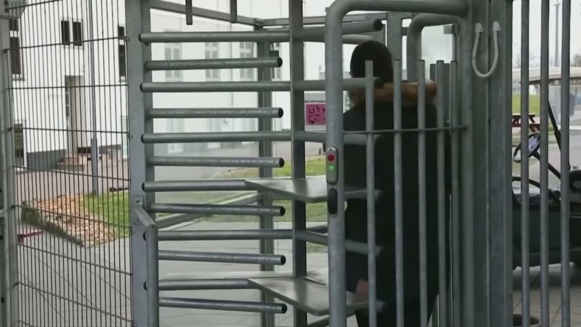 дания пренасочва кандидати убежище извън европа