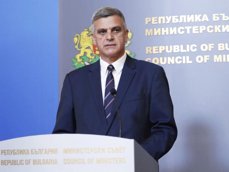 зоран заев поздрави телефона стефан янев поста служебен премиер