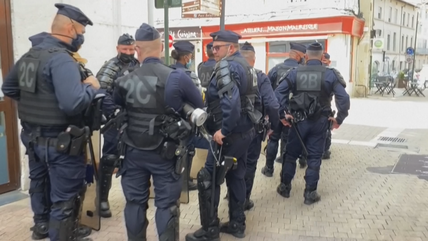 Мъжът, който зашлеви френския президент Еманюел Макрон във вторник беше