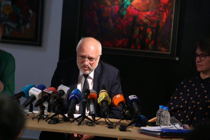"""Министърът на културата съобщи за изчезнали 4,5 млн. евро при реставрацията на """"Ларгото"""""""