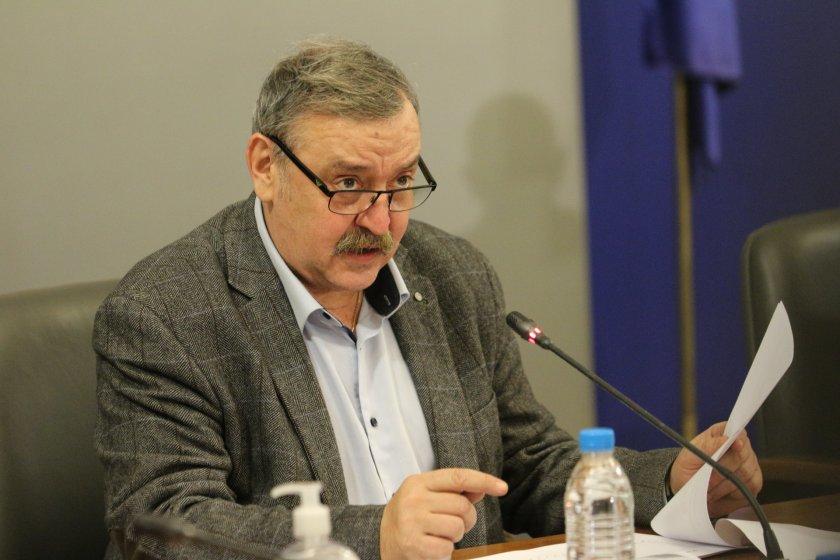 Проф. Тодор Кантарджиев вече не е директор на Националния център