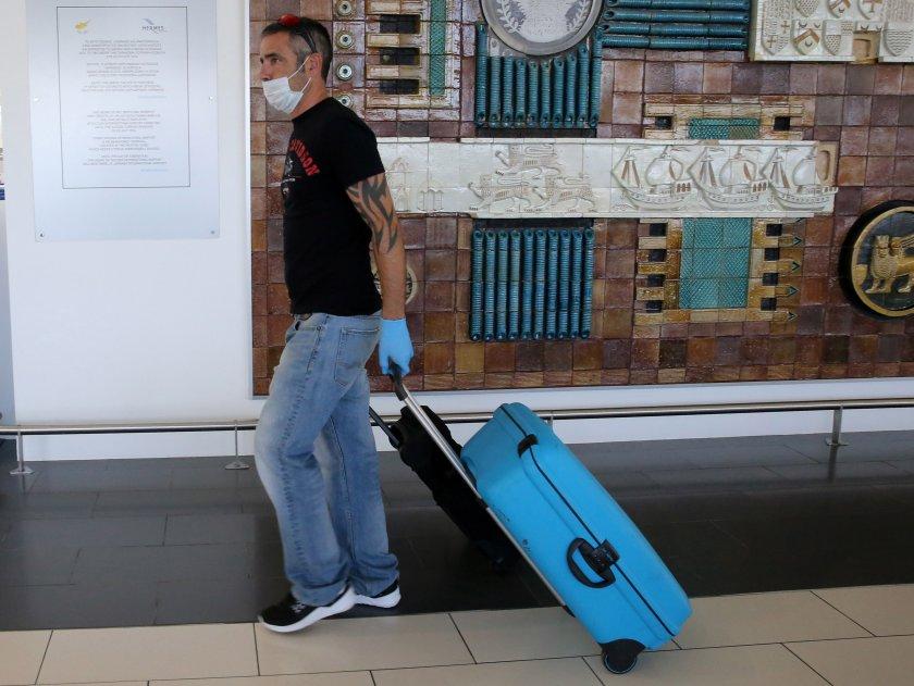 Кипър отвори вътрешните си гранични пунктове