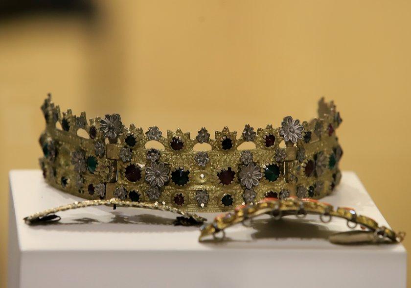 """Изложба на тема """"Приложно златарско изкуство"""" беше открита в Регионалния"""