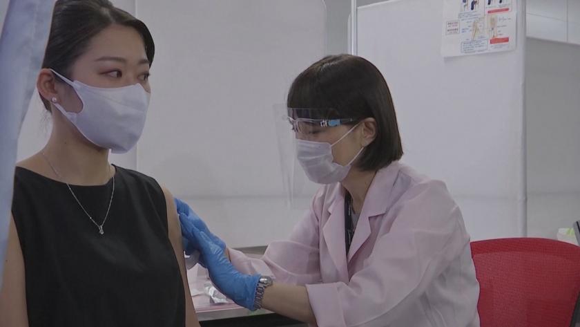 японски авиокомпании започнаха ваксинация персонала