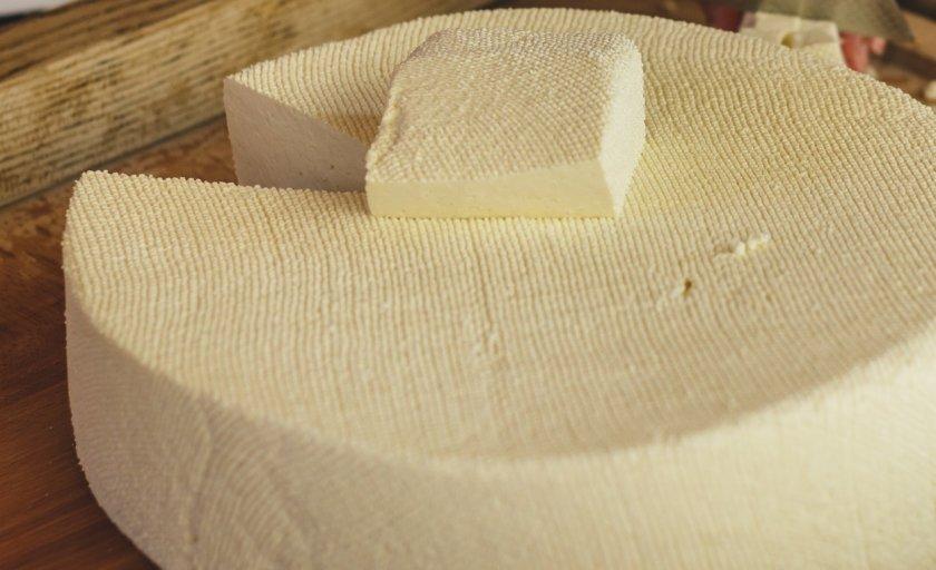 разкриха незаконен цех производство сирене костенец