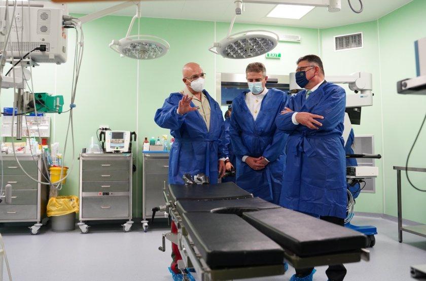 20 операционни зали от световна класа във ВМА (Галерия)