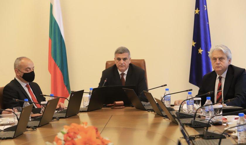 премиерът делегация северна македония водена заев пристига нас