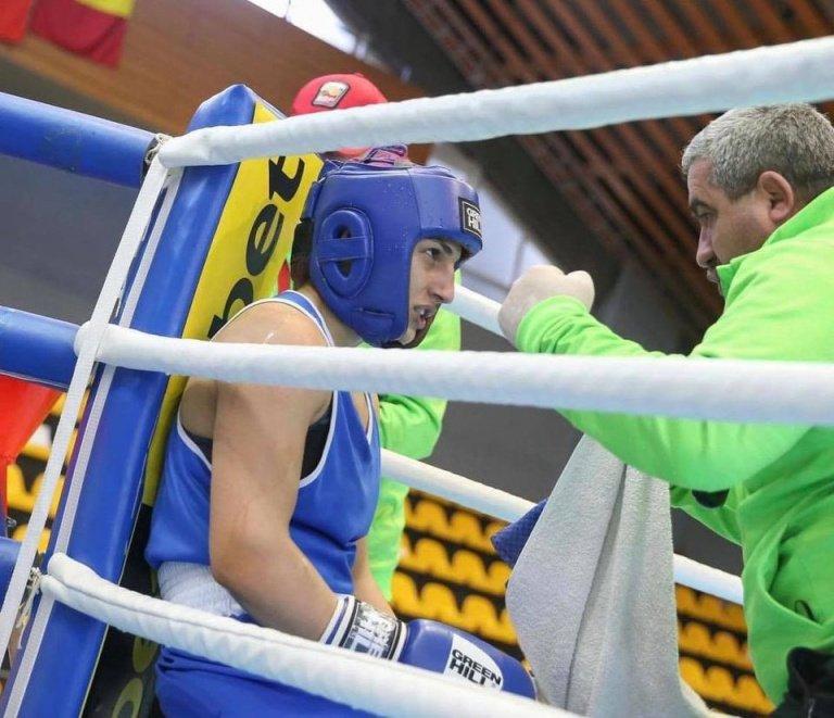 Мелис Йонузова спечели първи медал за България от европейското по бокс в  Италия - По света и у нас - БНТ Новини