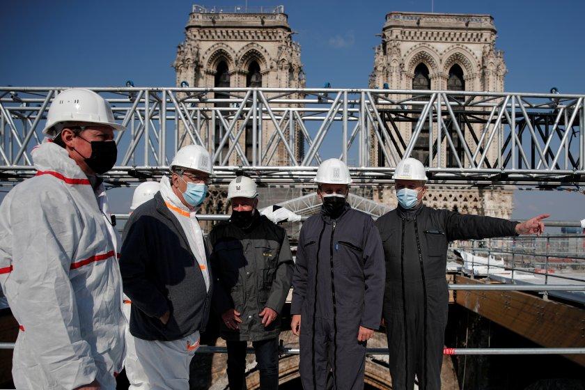 """Трябват още 6 млн. евро за възстановяването на катедралата """"Нотр Дам"""""""