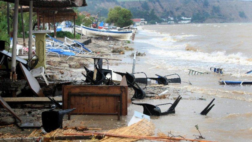 наводнение района солун взе жертва