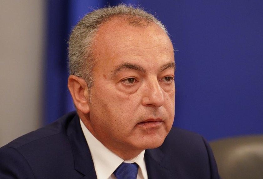 социалният министър българският бизнес спокоен