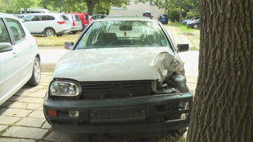 Граждани задържаха видимо пиян шофьор, причинил катастрофа в Пловдив, до