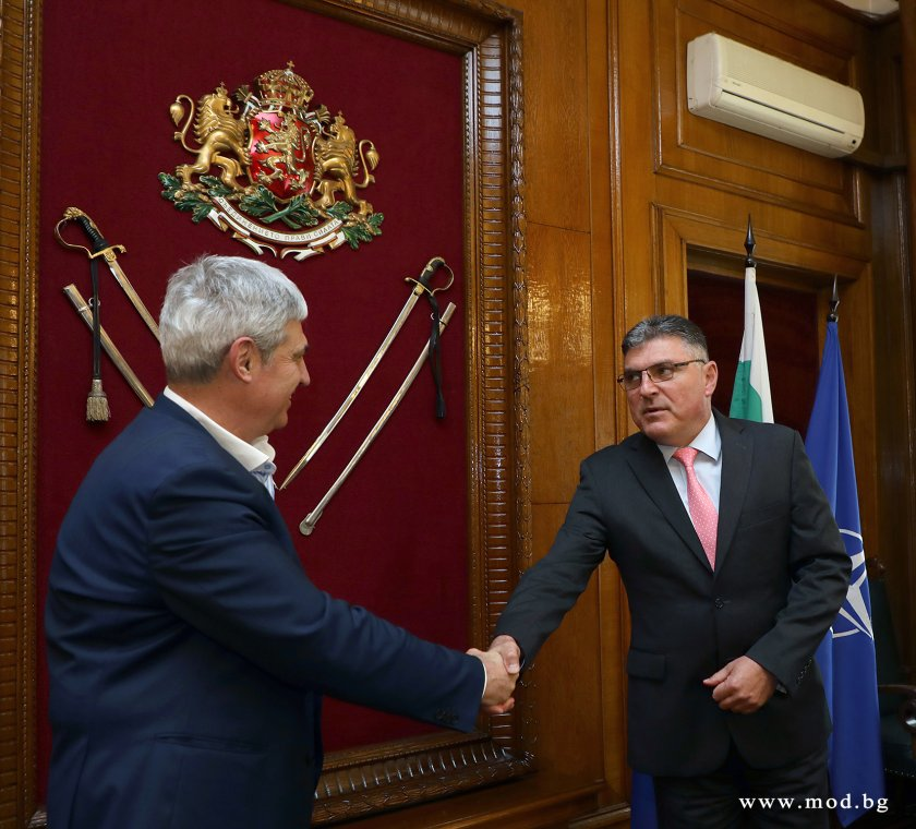 На базата на сключените рамкови споразумения на Министерството на отбраната