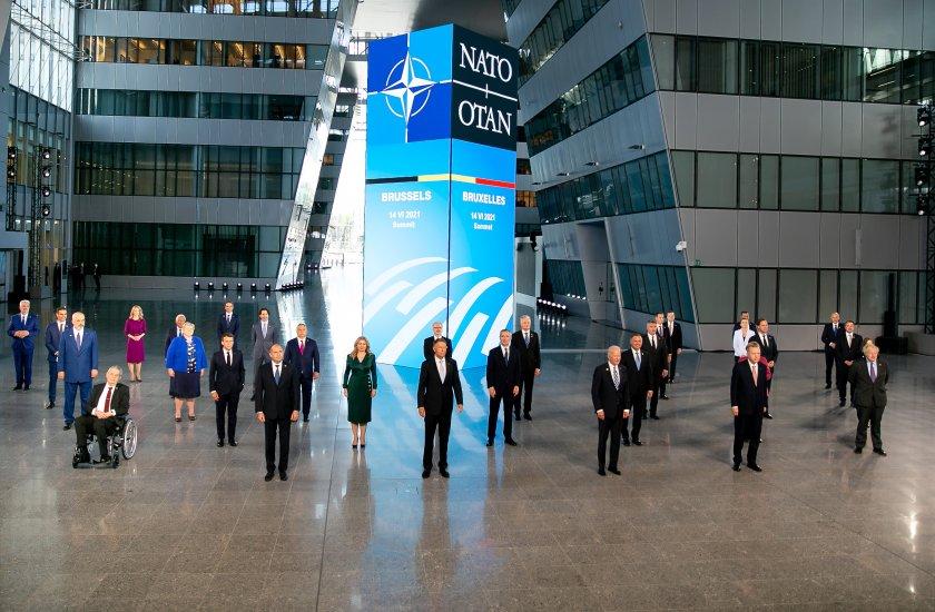 НАТО обсъжда стратегия за киберсигурността и отношенията с Китай и Русия