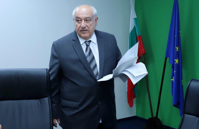 Министърът на околната среда и водите Асен Личев упълномощи Зинка