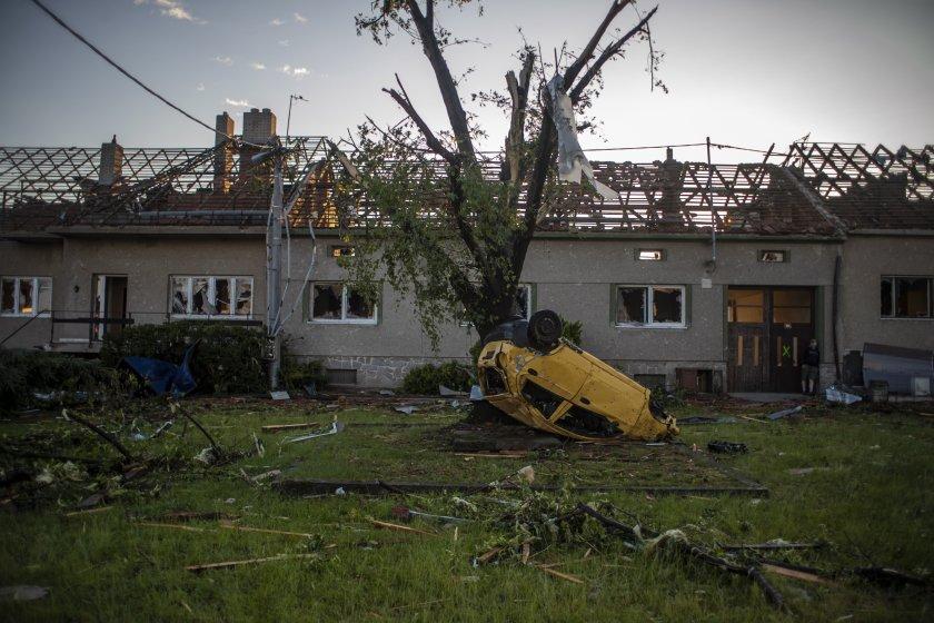 щетите торнадото чехия 471 млн евро