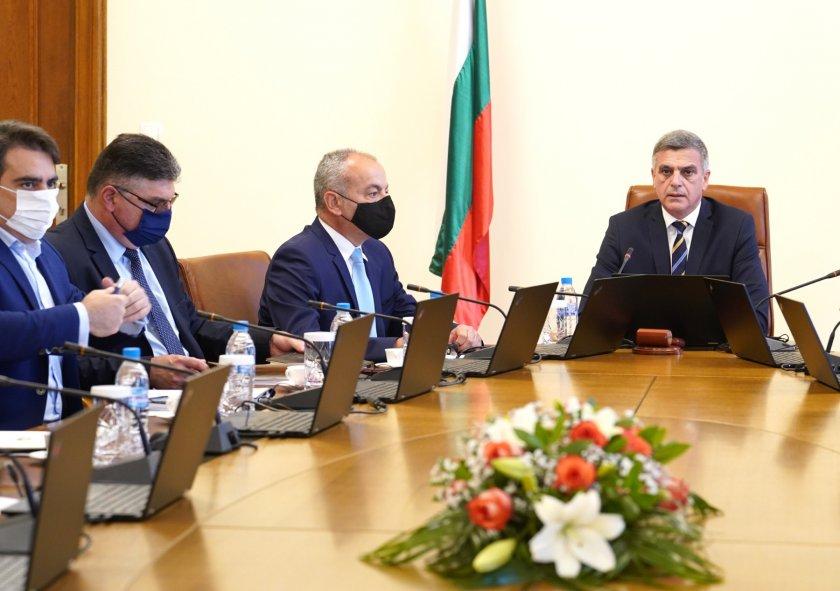 Кабинетът обсъжда организацията на изборите и повишаване на социалната пенсия
