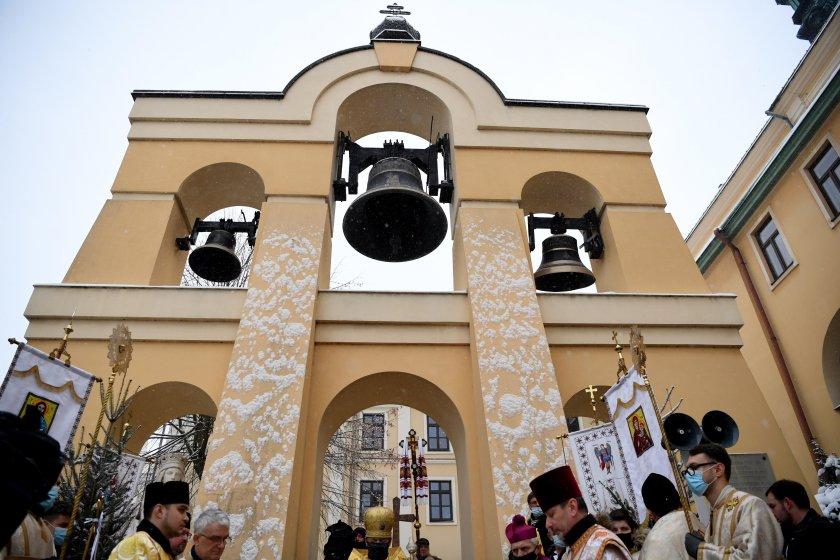 полската църква извини насилието малолетни