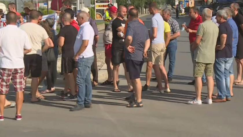Жителите и собственици на фирми излизат на протест в Гоце