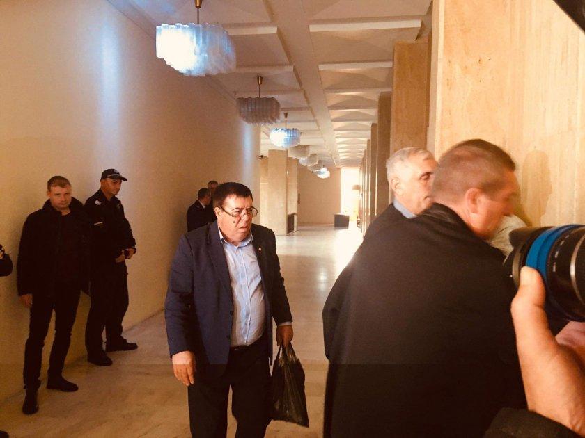 Оправдаха общинския съветник от Бургас Бенчо Бенчев по всички обвинения.