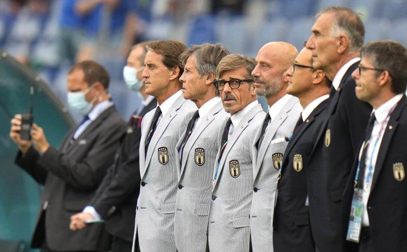Добряк, легенда, преборил рака и бивш банкер – хората зад успеха на Италия