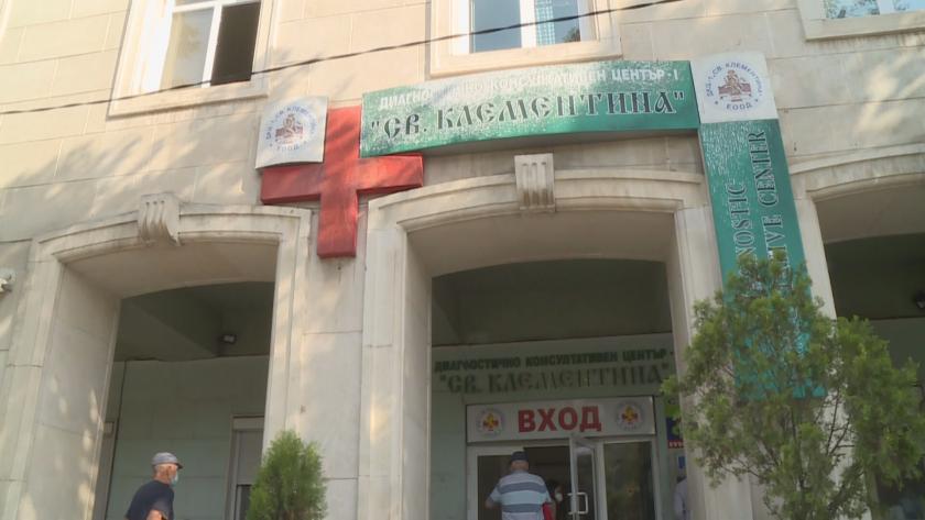 Зрителски сигнал: Кабинет за имунизация във Варна отказва да ваксинира деца