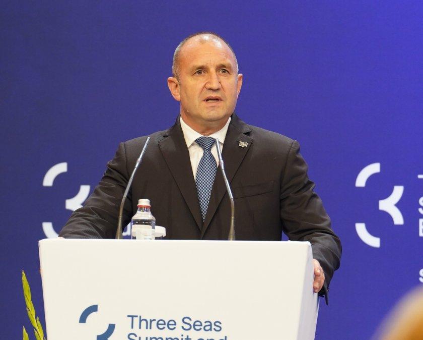 """Радев: Инициативата """"Три морета"""" става все по-разпознаваема в глобален план"""