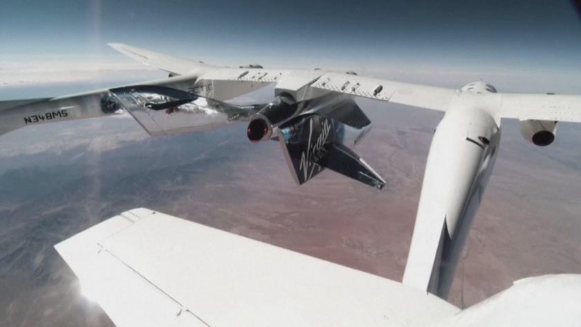 Космическа надпревара: Брансън или Безос ще полети пръв?
