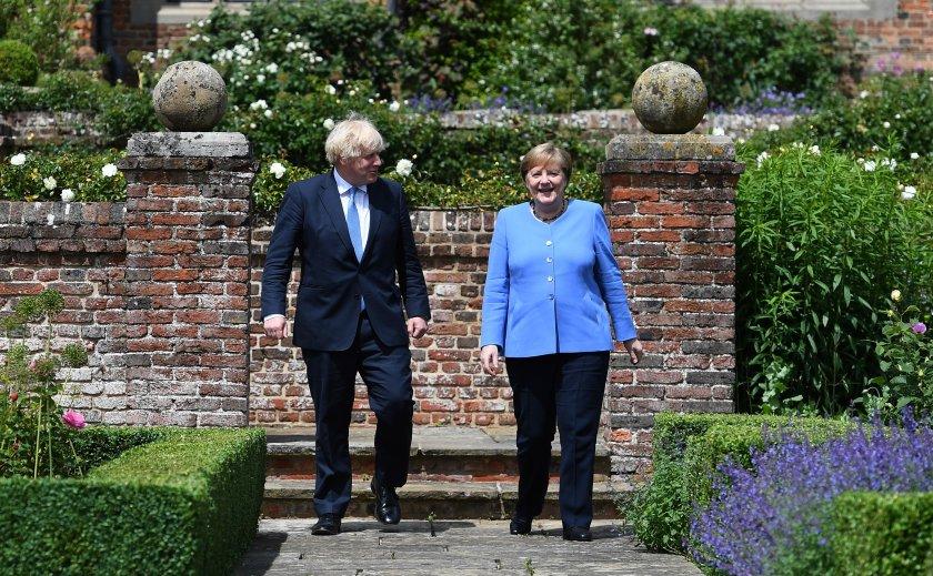 напълно ваксинираните британци пътуват германия без карантина