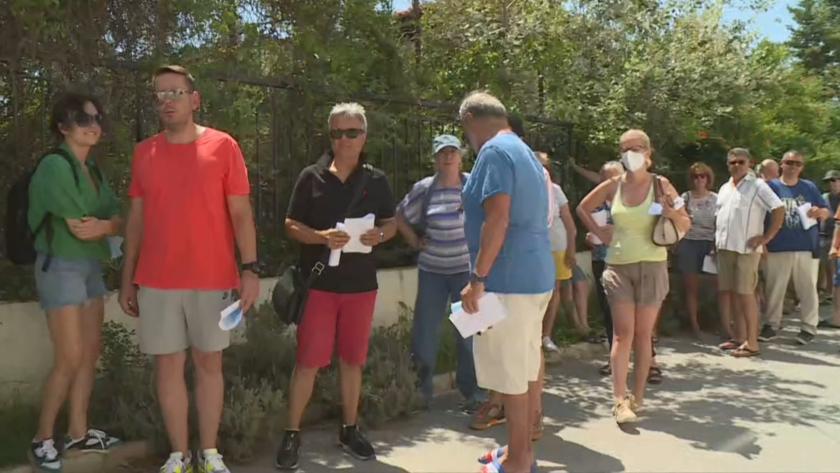 Над 500 души са гласували в Никити до обяд