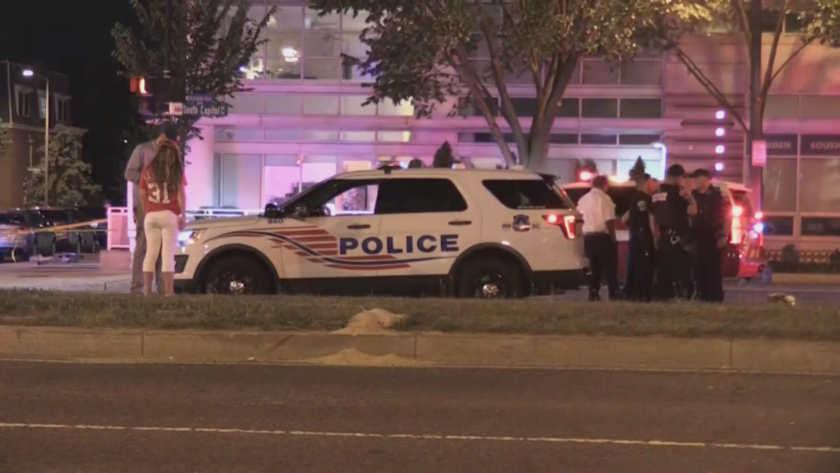Трима ранени при стрелба край стадион във Вашингтон
