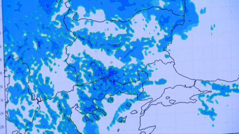 Опасно време: Оранжев код за бури в София, Враца и Монтана