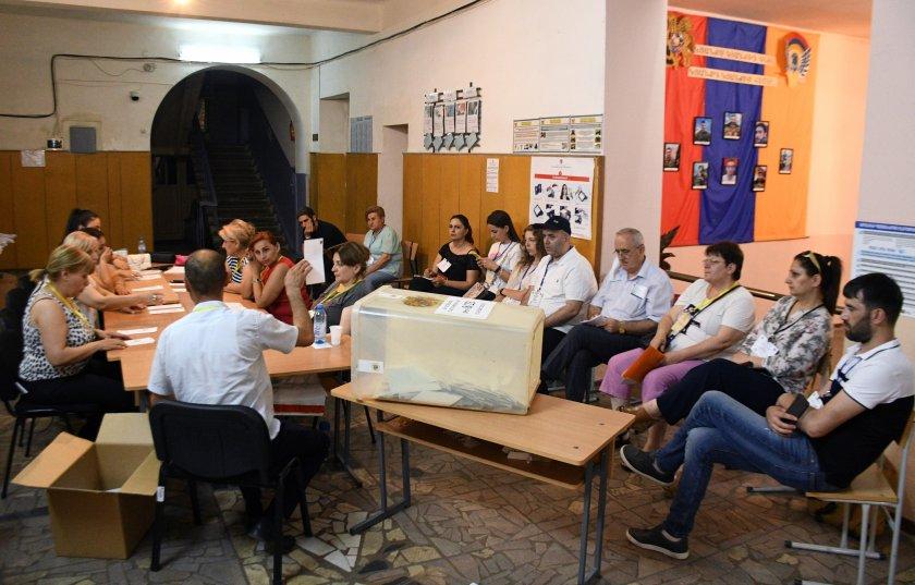 конституционният съд армения потвърди резултатите предсрочните избори