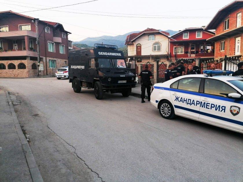 11 задържани при спецакция срещу битовата престъпност в Пещера
