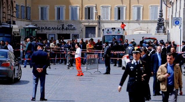 Десет души са пострадали при стрелба в Южна Италия